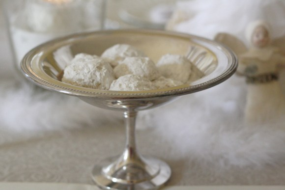 Favorite Snowball Cookies Recipe