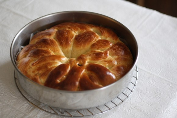 Greek Easter Bread With Yaya