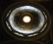 StPeterBasilicaByDay_22