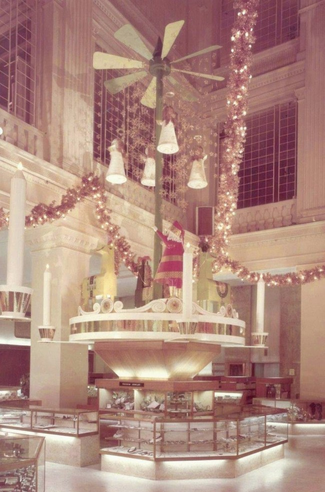 MARSHALL FIELD - CHRISTMAS - NEW COUNTERS FOR JEWELRY - c1970 - EDITED FROM A HEDRICH BLESSING IMAGE