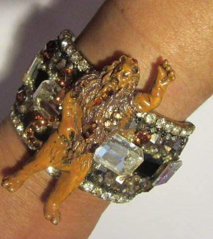 Cowardly Lion Wristy Wizard of Oz character, by fashion jewelry designer Wendy Gell