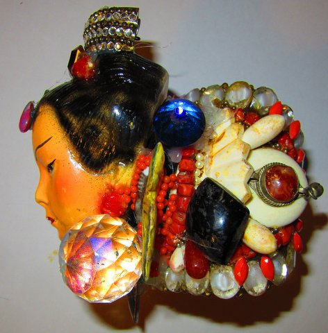 Side detail of Exotic Lady Head Wristy by jewelry designer Wendy Gell