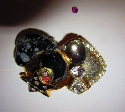 Madonna Brooch pin by jewelry designer Wendy Gell