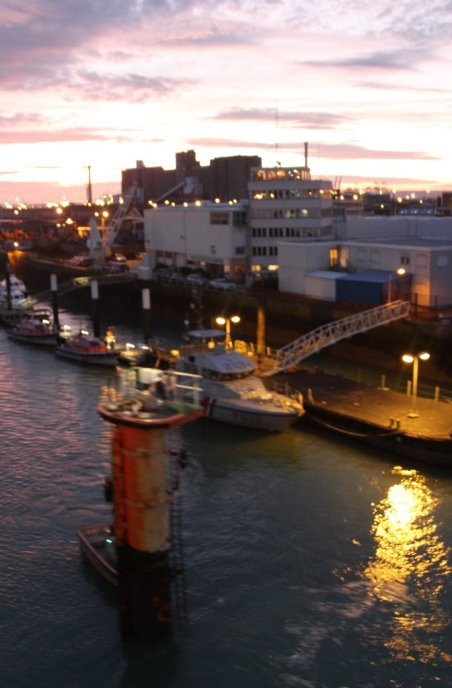 Arrival in Le Havre at dawn.