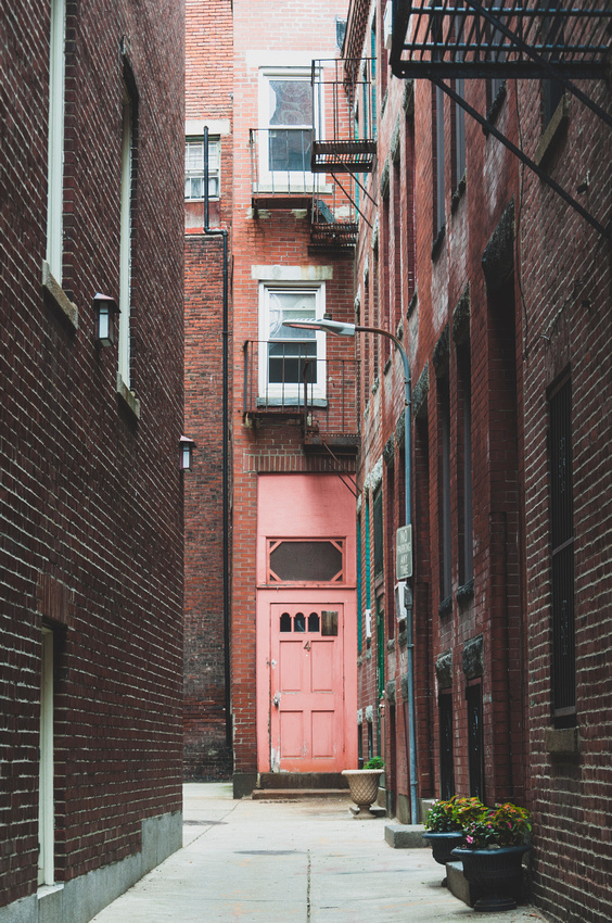 Wendy Ng Photography: Architecture &emdash; The Red Door at the End of the Alley