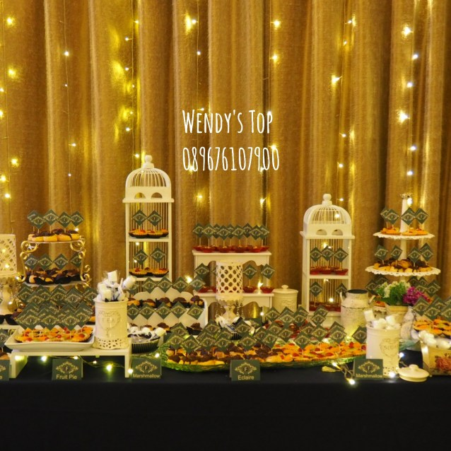 Wendy 39 s top where cupcakes and cakes to die for are mades for Dekorasi birthday di hotel