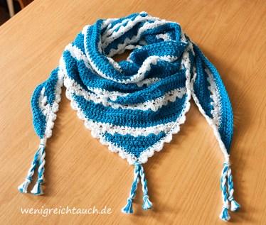 Maritim in Blau/Weiß