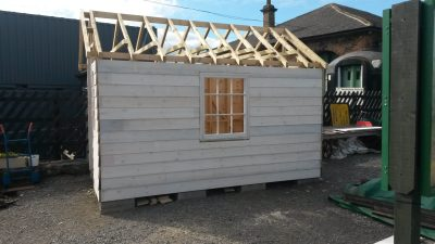 New platform shed starts to take shape