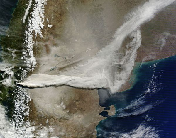 puyehue-cordon_caulle_volcano_chile_2011