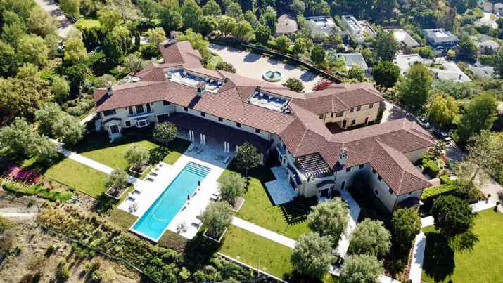 The mansion where Meghan Markle lives in Los Angeles