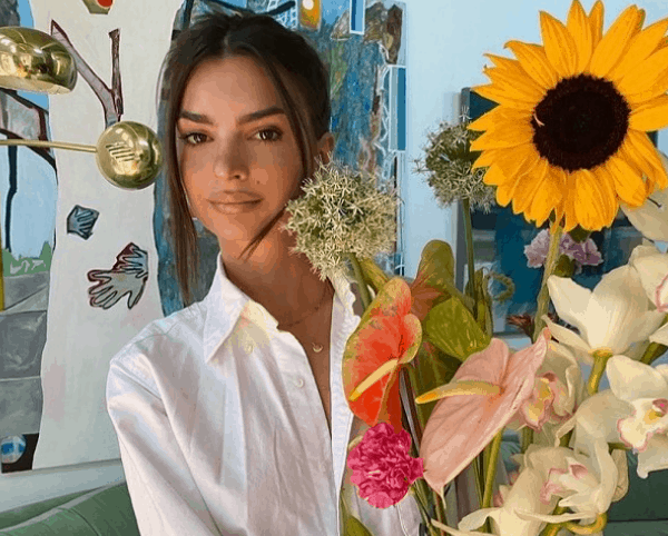 Emily Ratajkowski is pregnant (and you have to see her baby bump)