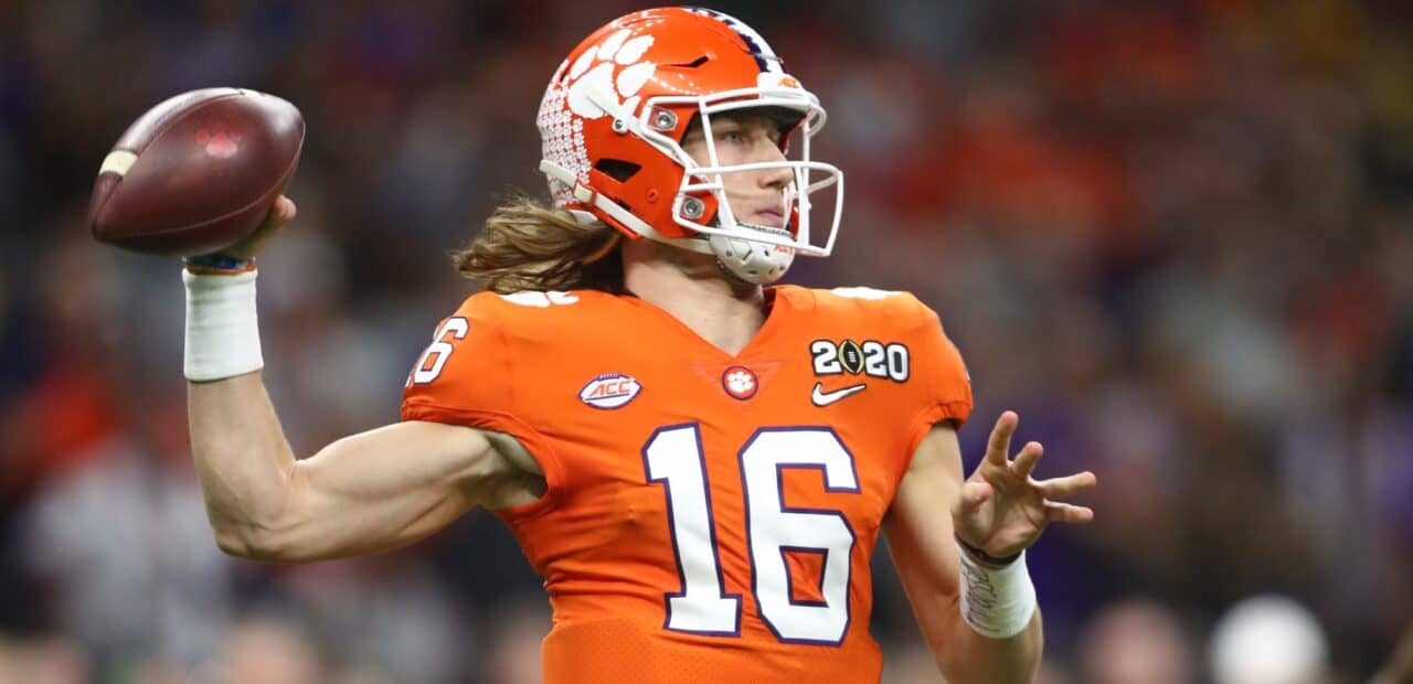 These are the 5 college football players shaping up to make it to the NFL.