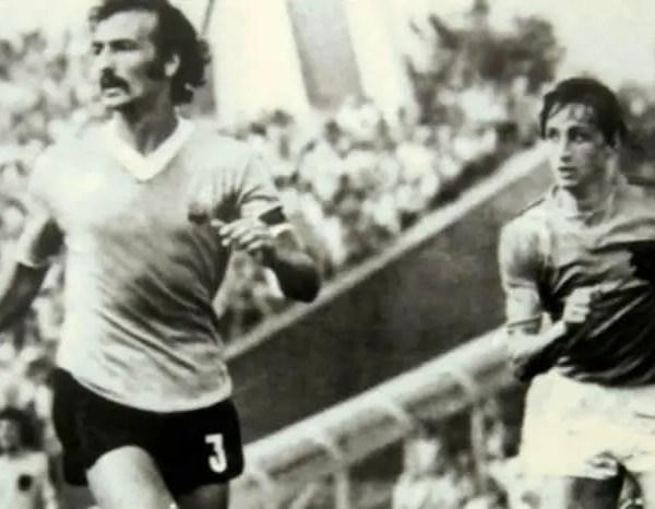 Uruguayan Soccer Player Juan Masnik Dies At 77