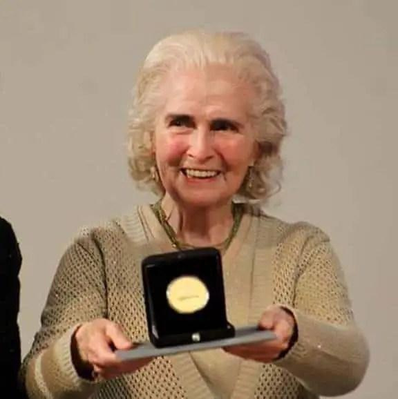 Mexican Pianist Luz Maria Puente Dies?