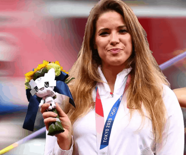 Maria Andrejczyk Net Worth: How Rich Is The Athlete Actually In 2021?