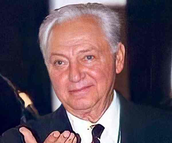 Enrique González Pedrero Dies At 91