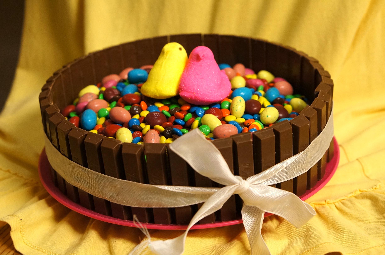 Easter Kit Kat Cake Recipe We Re Calling Shenanigans