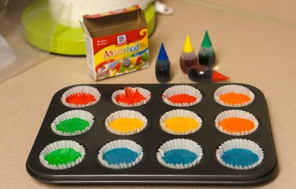 Super bright rainbow cupcakes