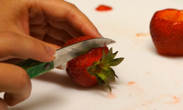 jello-shots-in-fruit