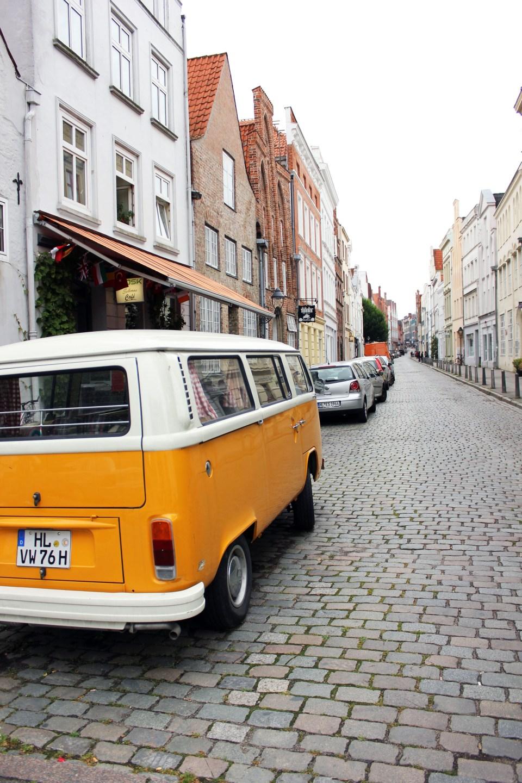 VW bus Lübeck
