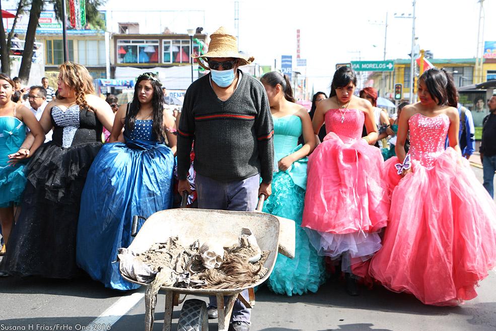 Performance para no morir: las Quinceañeras de Ecatepec