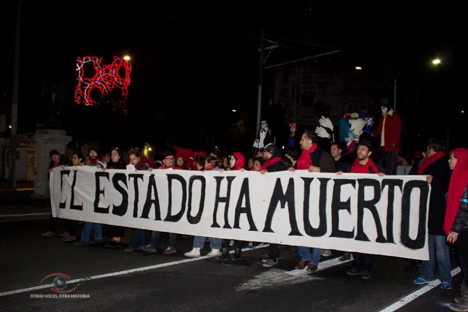 Movilización de artistas por Ayotzinapa, convocada el 1 de noviembre del 2014.