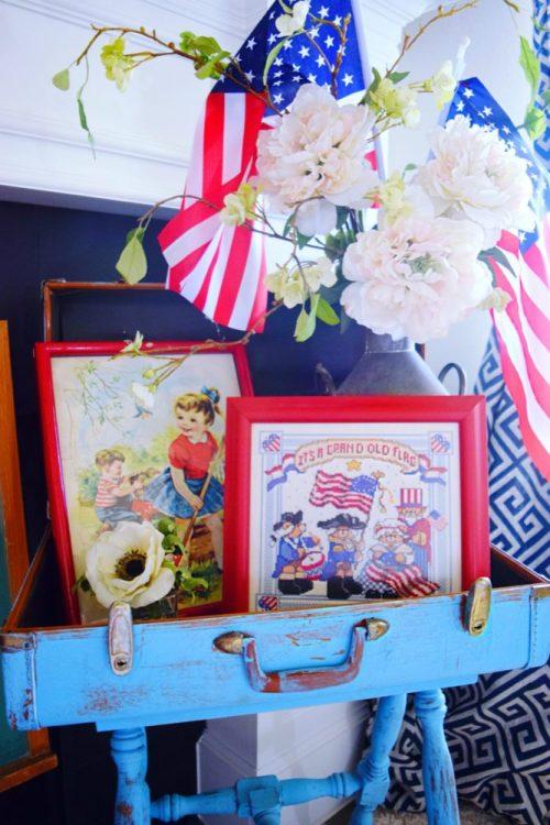 Vintage patriotic frames