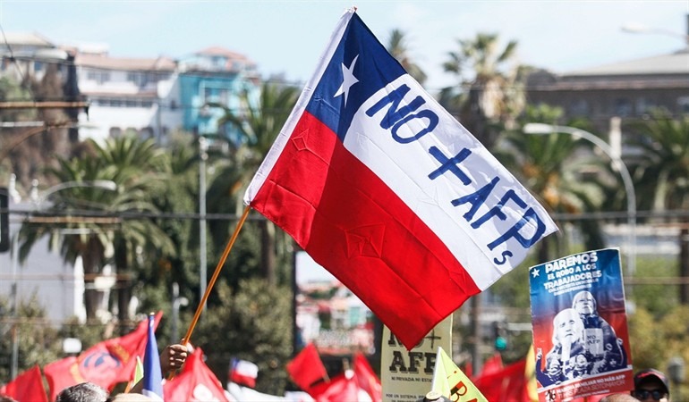 Chile - Las AFP en su punto crítico: los límites posibles de la gran batalla que se viene