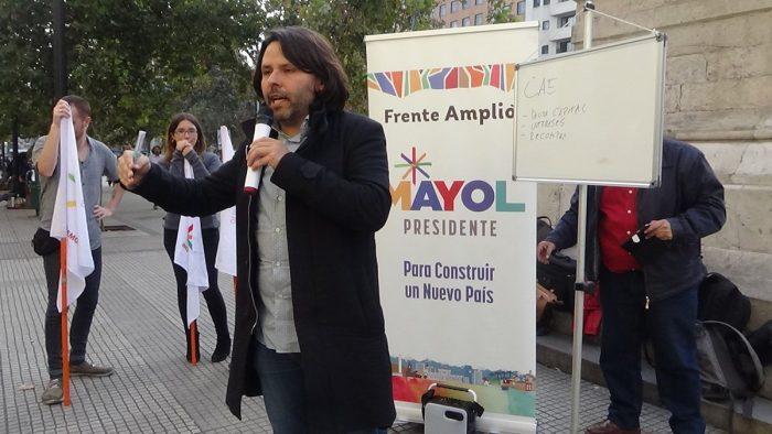 Chile - Alberto Mayol en la U Valparaíso Sede Santiago (20 junio)