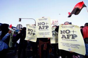 Chile - 2,5 millones de personas recibirán pensiones menores al salario mínimo