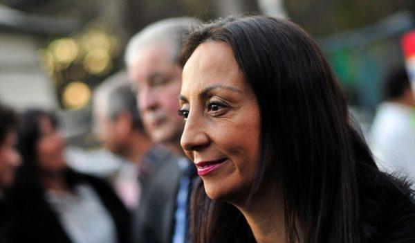 "Chile - ¡OVACIONADA! Pamela Jiles Destrozó A Cecilia Pérez Y Su ""Falso"" Feminismo."