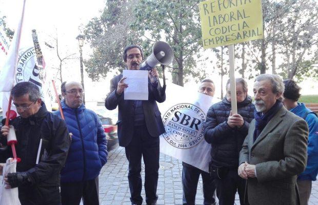 Chile - Servicios mínimos en la Banca: la anulación del derecho a huelga