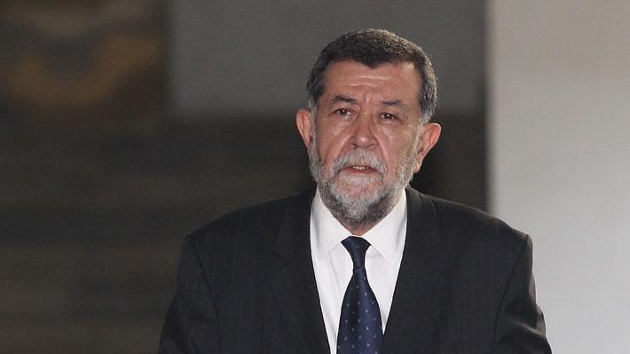 Chile - MAHMUD ALEUY: LA CAIDA DE UN SINIESTRO