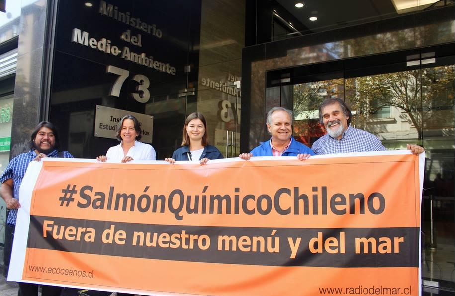 Chile - ¿Por qué no consumir salmón de criadero industrial?