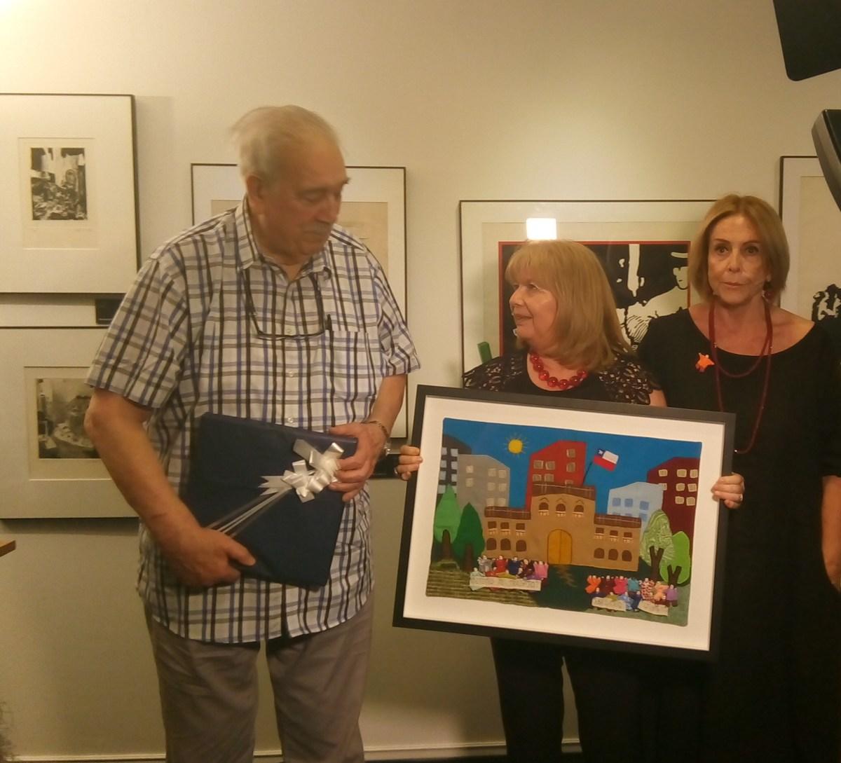 Director de Punto Final premiado por Museo DDHH y Colegio Periodistas. Por Lucía Sepúlveda Ruiz