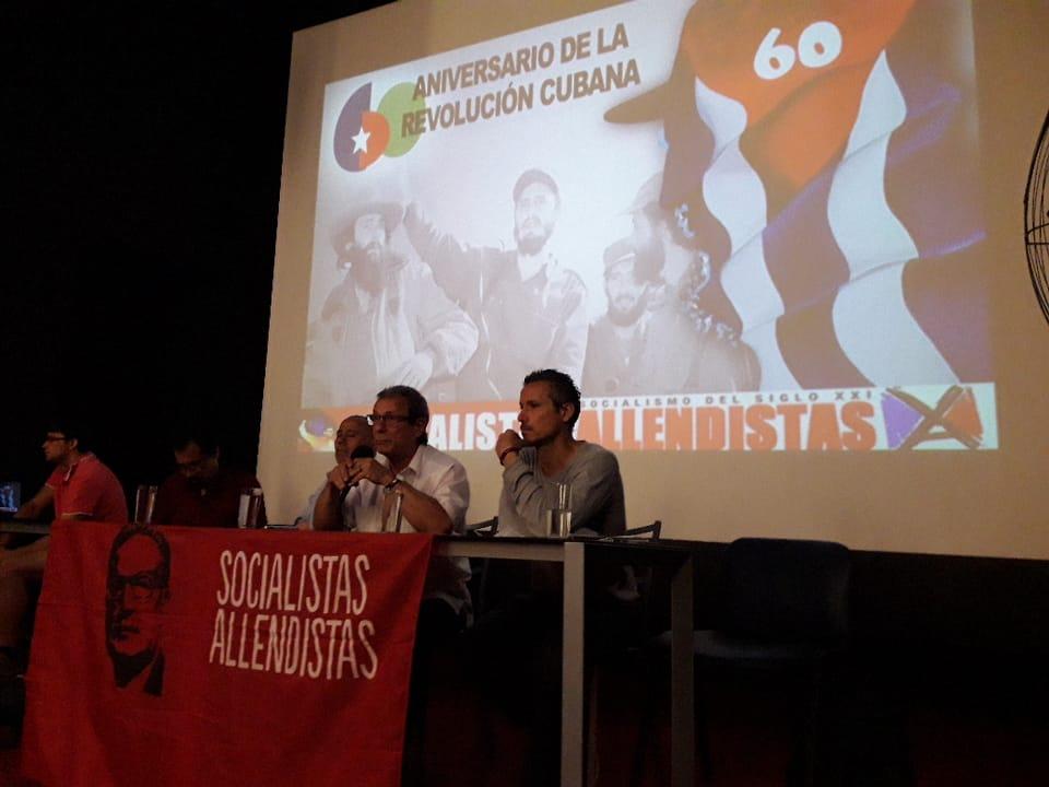 En Encuentro Nacional Allendistas rinden Homenaje al 60 Aniversario de la Revolución Cubana con la presencia del embajador de Cuba y del nieto de Salvador Allende.