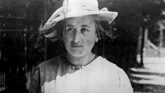 """15 de enero de 1919, es asesinada Rosa de Luxemburgo. Socialista, revolucionaria e internacionalista. Hoy la disyuntiva sigue siendo """"Socialismo o Barbarie"""""""