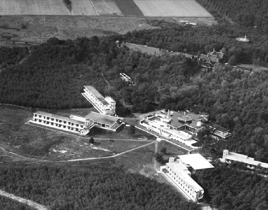 Landgoed Zonnestraal, luchtfoto kort na oplevering in 1931