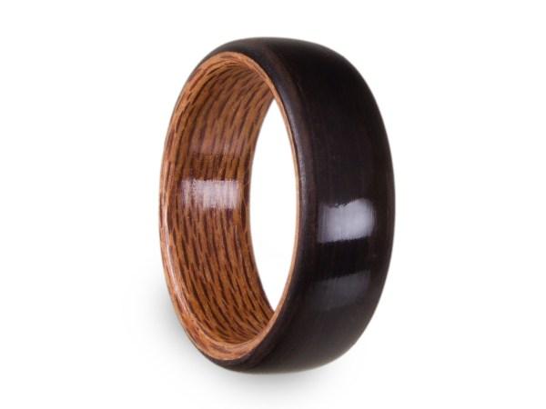 Holzring aus Räuchereiche und Rewarewa