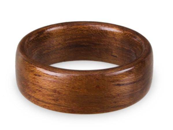 Holzring aus Teak