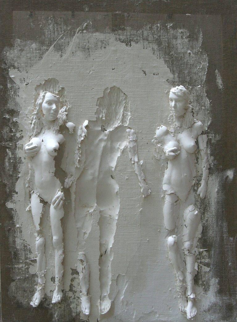 Photo de Conversation, sculpture en plâtre, toile de lin et châssis en bois de Guillaume Werle