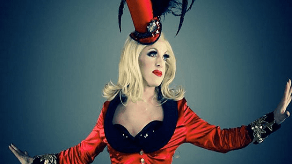 "Pandora Boxx is on the Prowl for ""Missed Connections"" 73"