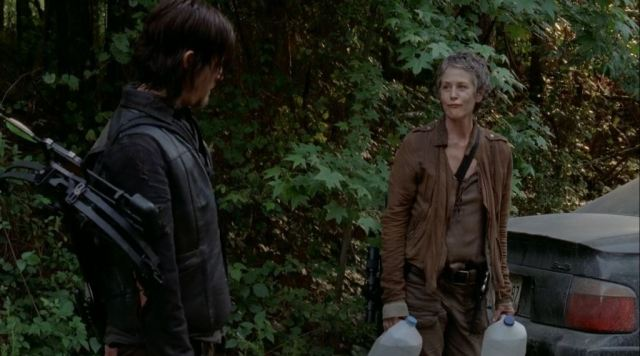 The-Walking-Dead-S5Ep2-Strangers-Review-Carol-and-Daryl-find-a-car