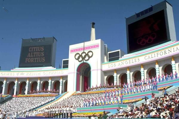 01-08-2015-olympics-1984-la-coliseum