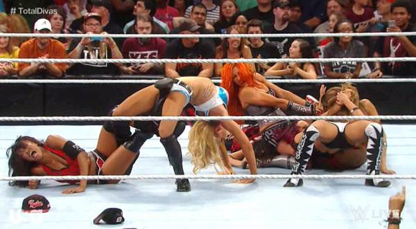 nxt-womens-division-raw-debut-charlotte-sasha-banks-becky-lynch