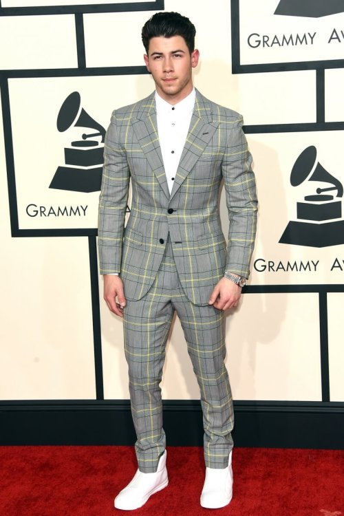 grammy-awards-2015-red-carpet-015