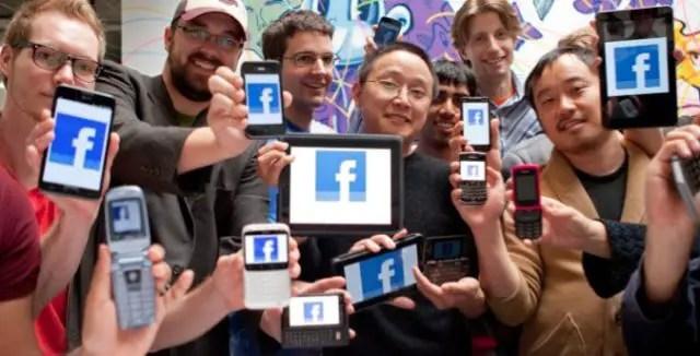 facebook-mobile-phones