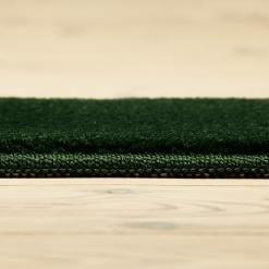 mørkegrønt tæppe med kant fra WeRug