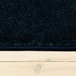 havblåt tæppe fra WeRug med kant på alle mål