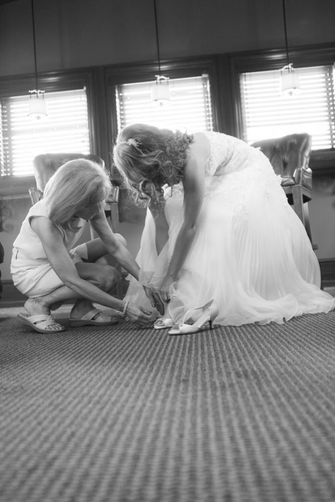 0129_BEN_WHITNEY_WILBURN_WEDDING-20130629_7488_Preperation- Social